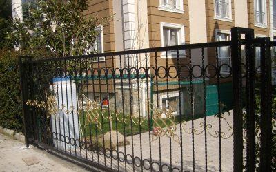 Sürgülü Ferforje Kapı